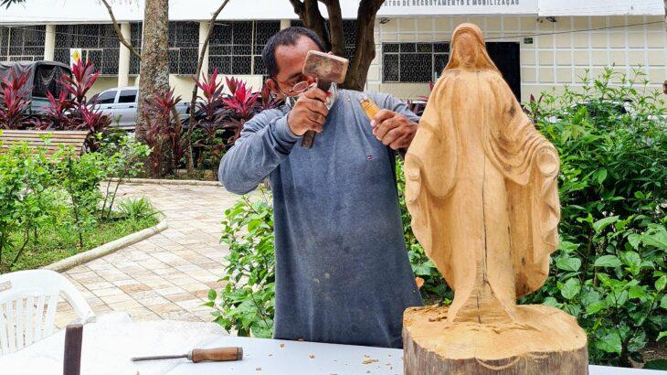 Esculturas estão em exposição interativa permanente  na praça Dom Pedro II, Centro Histórico de Manaus (Alessandra Leite/Revista Cenarium)