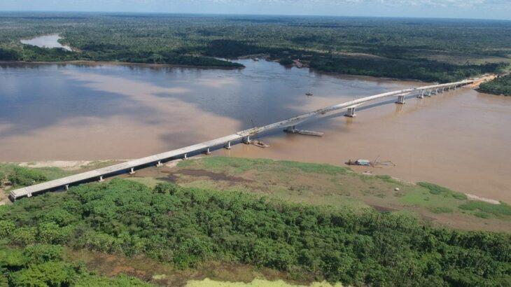 A ponte possui 1,5 mil quilômetros de extensão por 14 metros de largura (Reprodução/Governo de RO)