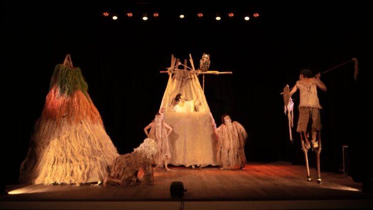 A peça teatral será exibida no Facebook e Youtube (Divulgação/Internet)