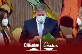 O ministro da Economia, Paulo Guedes, entregou ao presidente da Câmara dos Deputados, Arthur Lira (PP-AL), a proposta de reformulação das regras de tributação do Imposto de Renda de empresas e pessoas físicas (Reprodução/Internet)
