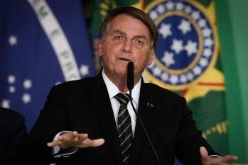 Bolsonaro refutou comparações com a exigência de vacinas feitas por alguns países, dizendo que cada País faz as suas regras (Pablo Jacob/Agência O Globo)