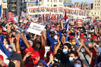 Protesto contra o embargo dos EUA e de apoio ao governo cubano em Havana (Joaquín Hernández)