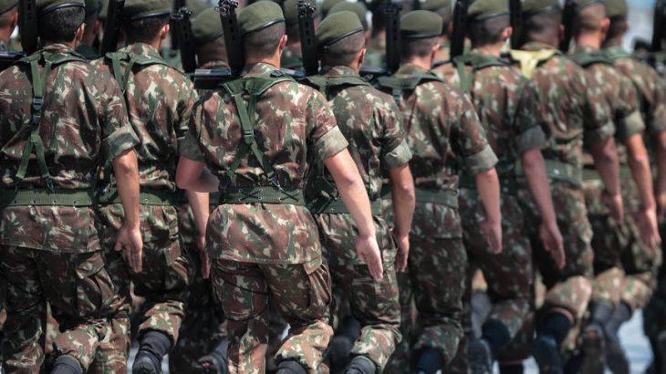 Movimentação militar é vista por parlamentares como ameaça velada (Felipe Rau/Estadão)