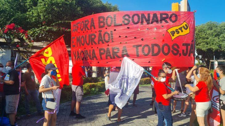 União de grupos partidários e entidades manifestou contra o governo neste sábado | Foto: Marcelle Souza \ Cenarium