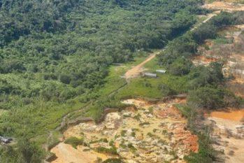 Pista de pouso onde o Yanomami de 25 anos foi atropelado na Terra Yanomami, em Roraima (Júnior Hekurari Yanomami/Condisi-YY/Divulgação)