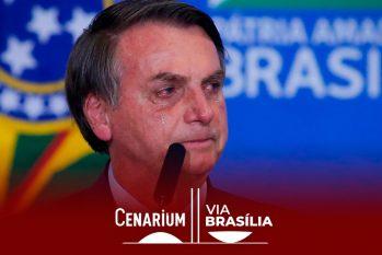 O presidente Bolsonaro se emocionou durante culto no Planalto ao lembrar do atentado que sofreu durante a campanha nas eleições de 2018 (Sérgio Lima/Poder 360)