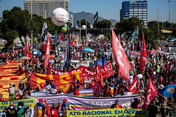 Manifestacao Fora Bolsonaro, na Avenida Presidente Vargas (Hermes de Paula/Agência O Globo)