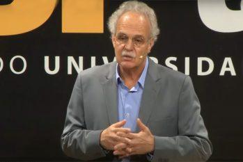 Carlos Nobre durante apresentação no USP Talks (Reprodução/Canal USP)