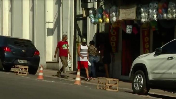 Reserva de vagas na Rua R. Padre Champagnat, área do Comércio de Belém (Foto: Reprodução/Whatsapp).