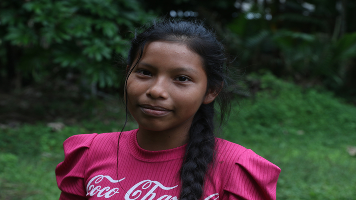 Menina da etnia Baré