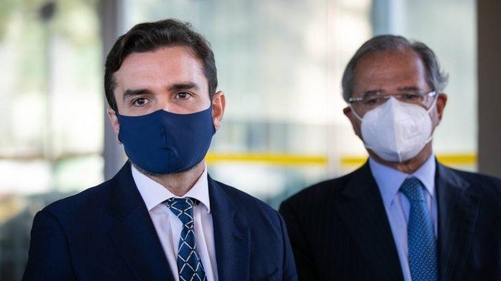 O relator da reforma tributária, deputado Celso Sabino (PSDB-PA), ao lado do ministro da Economia, Paulo Guedes (Foto: Washington Costa/Ministério da Economia)