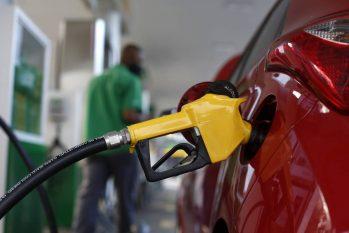Petrobras eleva de uma só vez preço da gasolina, diesel e gás de botijão. Altas chegam a 6,32%, primeiro aumento desde que Silva e Luna assumiu (Fabio Rossi/Agência O Globo)