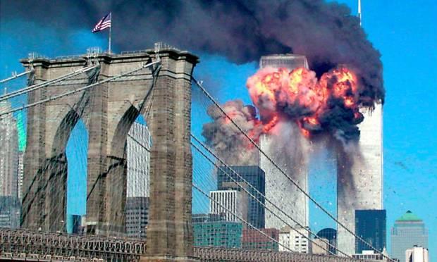 O Distrito Financeiro de Manhattan, onde ficavam as Torres Gêmeas do WTC, foi palco de 93% das quase 3 mil mortes (Reprodução/ Schwittek / Reuters)