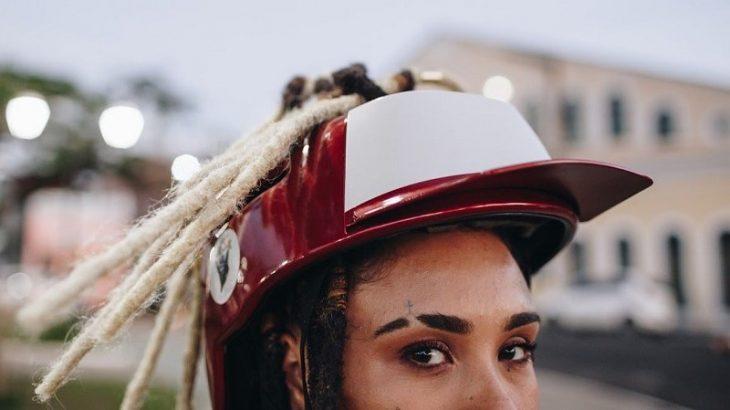 O FordBlacks tem design e espuma especial que garante a proteção dos cabelos crespos, com dreads ou trançados (Divulgação/La Casa Frida Bike)
