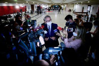 O relator, senador Renan Calheiros, disse que não há nada definido sobre o fim dos trabalhos da CPI, mas garantiu que está pronto para entregar o relatório, logo após o último depoimento dado à comissão (Agência Senado)