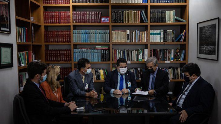 Parceria foi firmada para oferecer pós-graduação a servidores do Tribunal de Justiça do Amazonas (TJAM). Foto: Divulgação/ TJAM