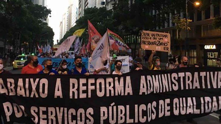 Trabalhadores fazem defesa do papel do Estado em promover políticas públicas sobre a PEC 32 (RBA/Reprodução)