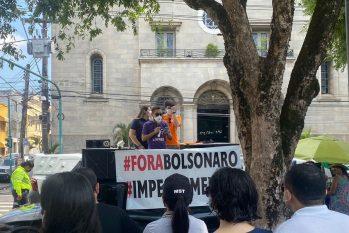 Manifestação aconteceu no Largo São Sebastião, no Centro de Manaus (Marcela Leiros/ Cenarium)