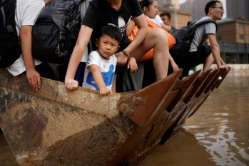 Situação agrava crise energética no país asiático e reforça alerta sobre emergência climática (Aly Song/Reuters)