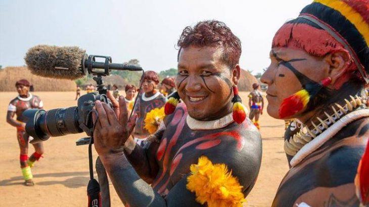 O cineasta indígena Takumã Kuikuro é um dos curadores do Festival (Divulgação)