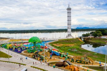 O parque foi construído na Orla do Rio Branco, um dos cartões-postais da cidade. (Foto: Divulgação Prefeitura de Roraima)