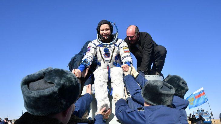 Atriz e diretor passaram 12 dias na Estação Espacial Internacional (Pavel Kassin/Roscosmos//Direitos reservados)