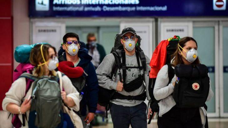 Portão de desembarque no aeroporto de Ezeiza, em Buenos Aires (Ronaldo Schemidt - 12.mar.2020/AFP)