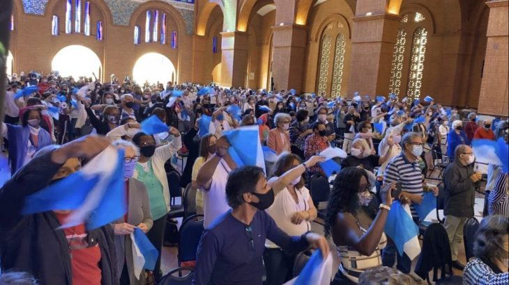 Este ano os devotos podem entrar na Basílica para celebrações, mas com número limitado de 2,5 mil pessoas por missa (Wesley Diego/CENARIUM)