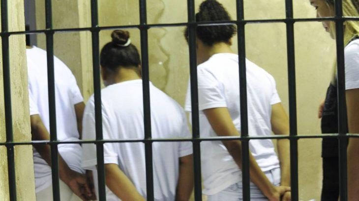 Ao ser presa, ela disse aos policiais que cometeu o crime porque estava com fome; defesa recorreu ao STJ (Arquivo/Agência Brasil)