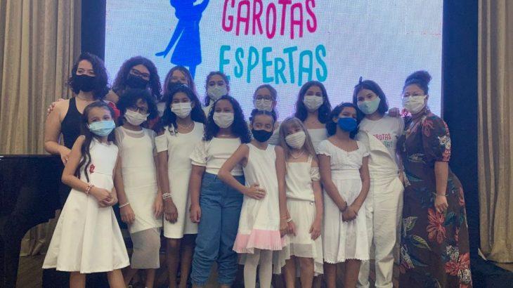 As meninas participam de 12 curtas-metragens e interpretam grandes cientistas mulheres (Bruno Pacheco/ Cenarium)